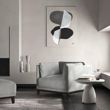 5 причин, чтобы выбрать кресло CASE: 1️⃣ Это дизайнерский предмет мебели, который сделает ваш интерьер невероятно стильным и уникальным; 2️⃣ В комплекте с креслом вы можете заказать пуфик и оформить полноценную релакс-зону, а также кресло может дополнить интерьер вашей гостиной, если вы уже заказали диван CASE 3️⃣ Премиальные и качественные материалы: основание и ножки выполнены из натурального дуба; 4️⃣ Категорию ткани и ее оттенок вы можете выбрать на свое усмотрение из широкой палитры; 5️⃣ Абсолютный комфорт и удобство: глубокая посадка, широкое сиденье, пышные боковые подушки, которые можно переставлять, каркас без острых углов.  Листайте фото, чтобы посмотреть кресло CASE в разных оттенках.