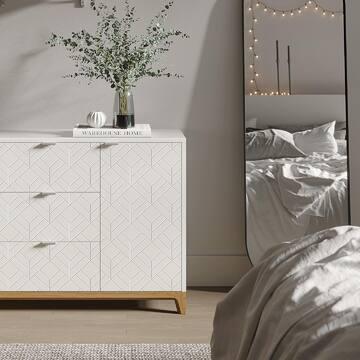 Полюбуйтесь на этого белоснежного красавца! В комоде CASE гармонично сочетаются лаконичный дизайн, продуманные габариты и концептуальная гравировка на фасадах. Он станет удачной находкой для любителей утонченного стиля и функциональной мебели.  Отличительной особенностью мебели из серии CASE является вариативность ее исполнения. Выбирайте оттенок эмали, материал корпуса, тонировку основания и ножек, а также узор гравировки. Кроме того, вы можете заказать комод, который будет полностью покрыт натуральным шпоном дуба.  ✔️Основание и ножки выполнены из массива дуба, цвет которого вы можете выбрать из 7 вариантов. ✔️Корпус комода может быть покрыт эмалью или натуральным шпоном дуба. ✔️Фасады могут быть покрыты эмалью с / без гравировки или натуральным шпоном дуба.  📲Другие модели комодов вы можете посмотреть на сайте (активная ссылка в шапке профиля).