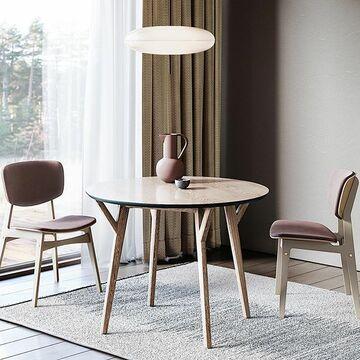 Круглый обеденный стол считается наиболее удобным и практичным. За ним может разместиться больше гостей и всем будет удобно дотянуться до блюд, расположенных в центре. А еще, он отлично подходит для небольших помещений☝🏻 ❔Каким обеденным столам отдаете предпочтение вы?  На фото стол CIRCLE с усиленной конструкцией ножек, универсальной формой столешницы и утонченным профилем, окрашенным эмалью. Цвет эмали и тонировку дуба вы выбираете сами.  Характеристики: Размер товара в мм, Д*Ш*В – 1020*1020*750  Тип каркаса – массив Тип отделки – МДФ, натуральный шпон, эмаль Цена: 33900 руб Другие варианты отделки можно посмотреть на нашем сайте, ссылка в сторис⤴️